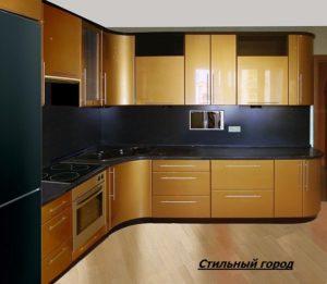 кухонный гарнитур глянец